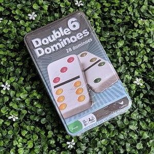 NWT 28-pc Dominoes in Collectible Travel Tin!